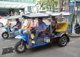 Travelnauts Thailand - Bangkok TukTuk x Travelnauts Thailand  30pluskids