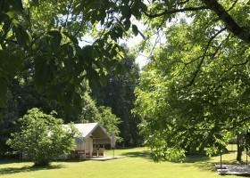 """Domaine Les Gazailles Huis aan de Lot in de Lot-et-Garonne, Frankrijk safaritent Domaine """"La Gazailles"""" - HUIS aan de LOT 30pluskids"""