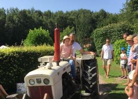 Morvan Rustique in de Bourgogne, Frankrijk tractor Morvan Rustique 30pluskids