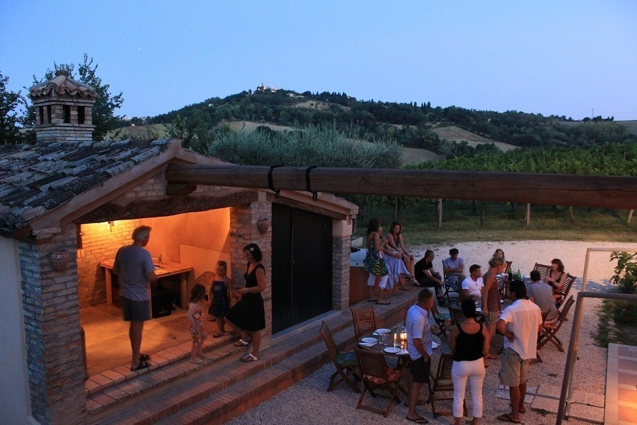 Countryhouse Montesoffio in Le Marche, Italie gezellig eten Country house Montesoffio 30pluskids image gallery