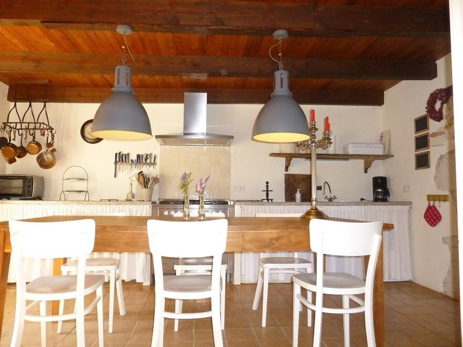 Les Fontanelles eettafel binnen Les Fontanelles 30pluskids image gallery