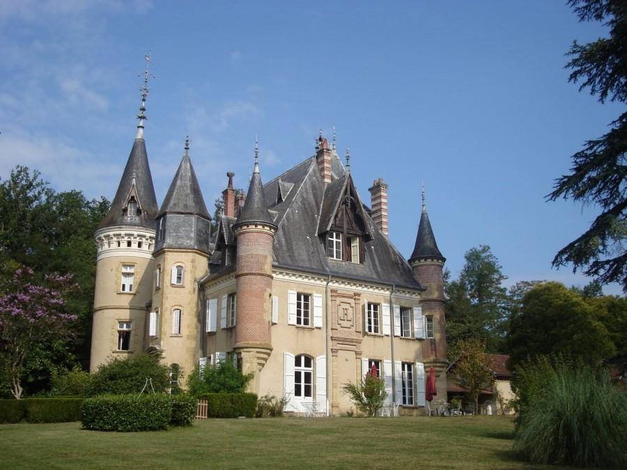412_1.jpg Tendi op Chateau Le Haget 30pluskids image gallery