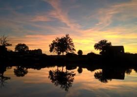 Bonneblond in de Auvergne, Frankrijk zonsondergang Landgoed Bonneblond 30pluskids