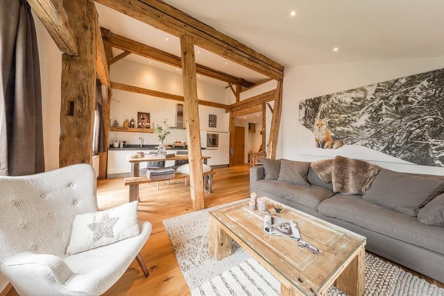 BaurernLodge in Tirol, Oostenrijk woonkamer appartement De BauernLodge 30pluskids image gallery