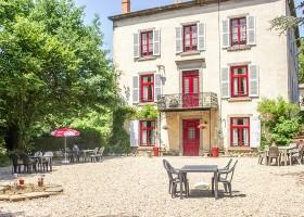 Domaine des Lilas in de Auvergne, Frankrijk huis Domaine des Lilas 30pluskids