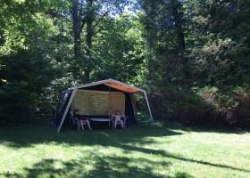 Camping La Nozilliere in de Haute Vienne vlakbij de Dordogne, Frankrijk vouwwagen Camping La Nozillière  30pluskids
