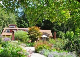 Special Villas Buitenplaets de Heide tuin in bloei Buitenplaets de Heide 30pluskids