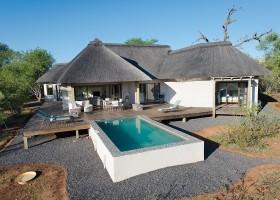 Homes of Africa in Hoedspruit, Zuid-Afrika veel giraffen (16) Homes of Africa vakantiehuizen 30pluskids