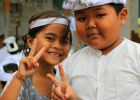 Local Hero Travel indonesie-familie.jpg Local Hero Travel in Indonesië 30pluskids
