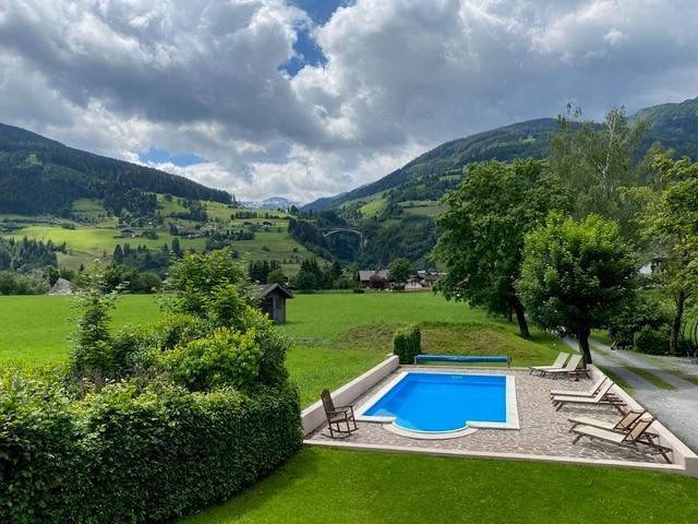 Landhaus Angerhof in Gastein, Oostenrijk zwembad en uitzicht Landhaus Angerhof 30pluskids image gallery