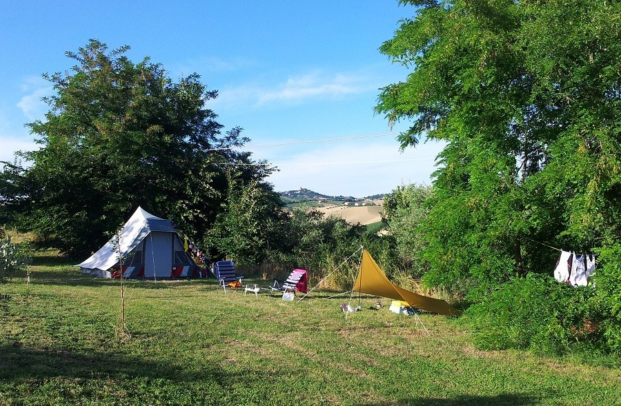 Villa Bussola in Le Marche, Italie kamperen met uitzicht 2 Agriturismo Villa Bussola  30pluskids image gallery