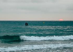 Nexo Surfhouse in Andalusie, Spanje zonsondergang NEXO Surfhouse 30pluskids