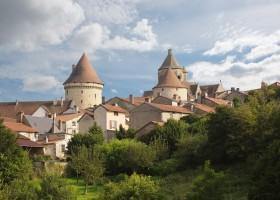 Abbaye du Palais Bourganeuf.jpg Abbaye du Palais  30pluskids