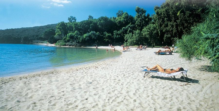 211_1.jpg Tritt Case in Sardegna 30pluskids image gallery