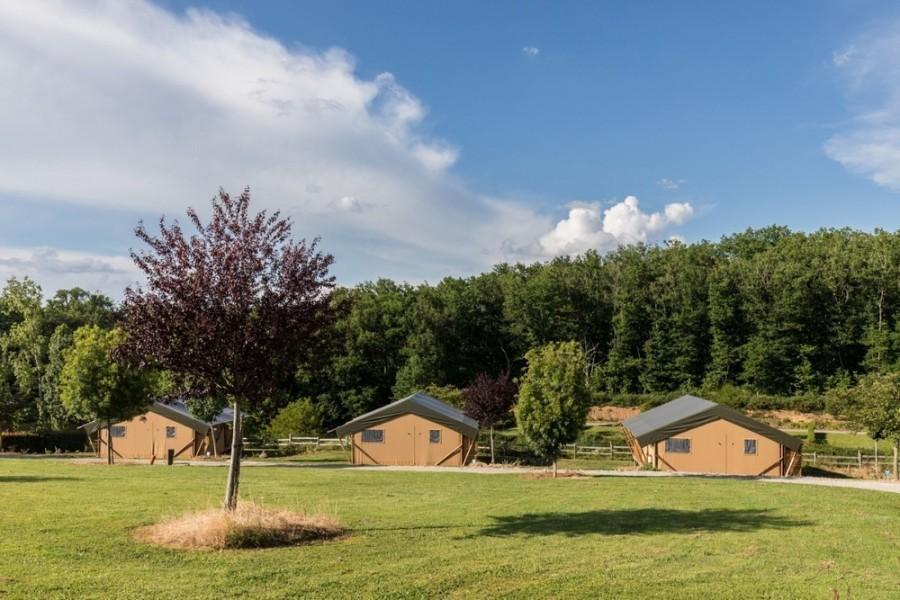 Tendi op Camping du Lac de Bonnefon in Naucelle, Frankrijk tenten Tendi op Camping du Lac de Bonnefon 30pluskids image gallery