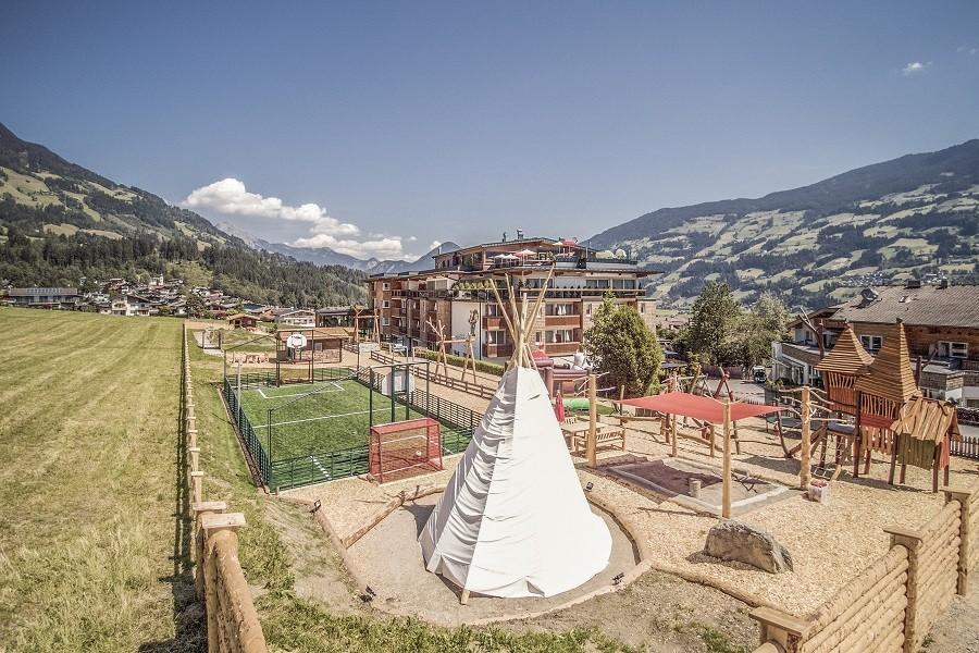 alpina zillertal in Fugen, Oostenrijk 02 zomer alpina zillertal 30pluskids image gallery