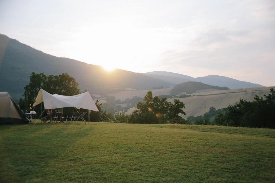 HuisopdeHeuvel  in Le Marche, Italie kampeerplek