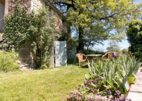 Les Quatre Toits in de Tarn-et-Garonne, Frankrijk gite terras Domaine Les Quatre Toits 30pluskids