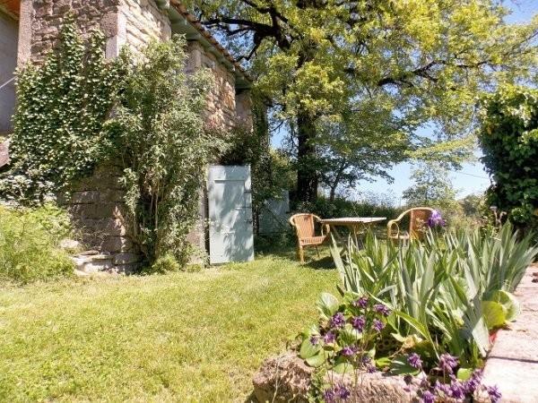 Les Quatre Toits in de Tarn-et-Garonne, Frankrijk gite terras Domaine Les Quatre Toits 30pluskids image gallery