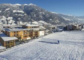 Alpina Zillertal hotel.jpg Alpinahotel 30pluskids