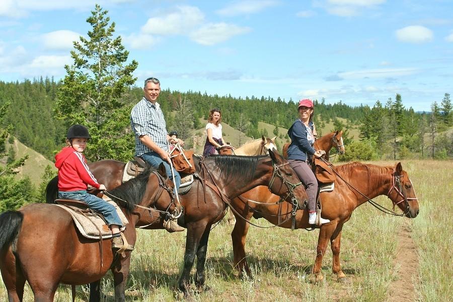 Riksja Family rondreis Canada paardrijden Riksja Family rondreis Canada 30pluskids image gallery