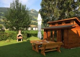Landhaus Angerhof in Gastein, Oostenrijk tuin Landhaus Angerhof 30pluskids