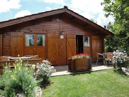 L'Etoile Dore in de Auvergne, Frankrijk houten huis 3 L'Etoile Dore  30pluskids image gallery