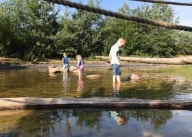 Greencamp Natuurcamping De Lemeler Esch, Lemele Nederland spelen in water Greencamp op De Lemeler Esch 30pluskids