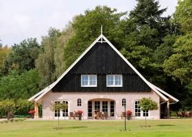 t Borghuis in Losser, Nederland huis 't Borghuis luxe groepsvakantiehuizen 30pluskids