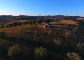 Villa Bussola in Le Marche, Italie overzicht Agriturismo Villa Bussola  30pluskids