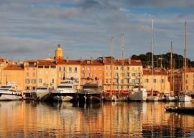 Le Mouron Rouge in de Var aan de Cote d'Azur in Zuid-Frankrijk omgeving Residence Le Mouron Rouge 30pluskids