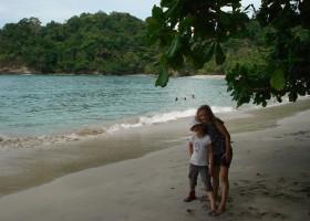 KidsReizen Costa Rica Manuel Antonio strand KidsReizen 14-daagse rondreis Costa Rica 30pluskids