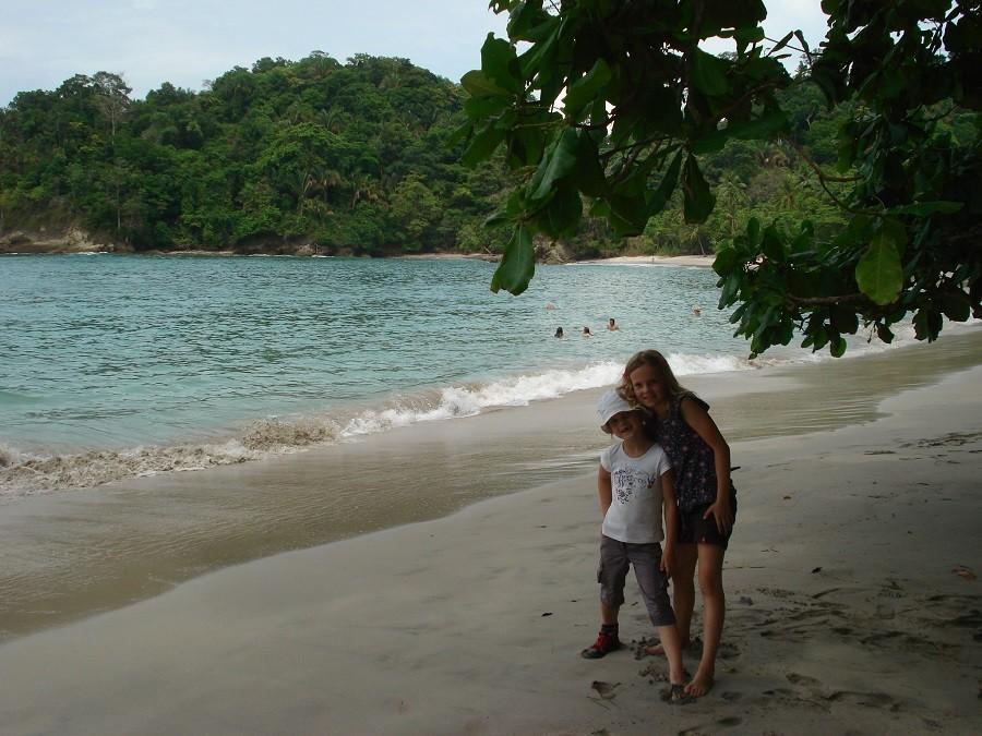 KidsReizen Costa Rica Manuel Antonio strand KidsReizen 14-daagse rondreis Costa Rica 30pluskids image gallery