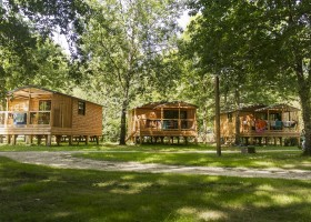 Camping Huttopia Les Châteaux accommodaties Huttopia Les Châteaux 30pluskids