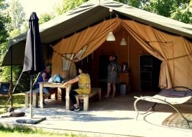 Tentensuite L'Anjou 1.jpg Camping l'Anjou 30pluskids