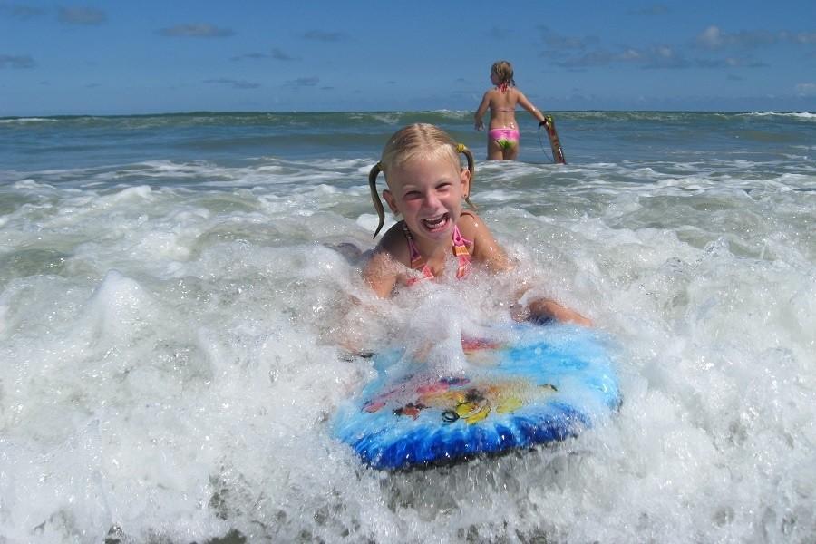 RiksjaKids Amerika - Boogieboarden Florida.jpg Riksja Family Amerika 30pluskids image gallery