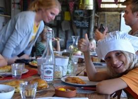 Les 3Etangs in de Auvergne, Frankrijk heerlijk eten Les 3Etangs 30pluskids