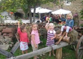 L'Etoile Doree kids.JPG L'Etoile Dore  30pluskids