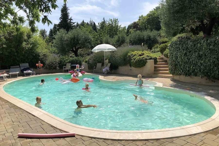 Case Leonori in Le Marche, Italie zwembad spelende kids 8 Agriturismo Case Leonori 30pluskids image gallery