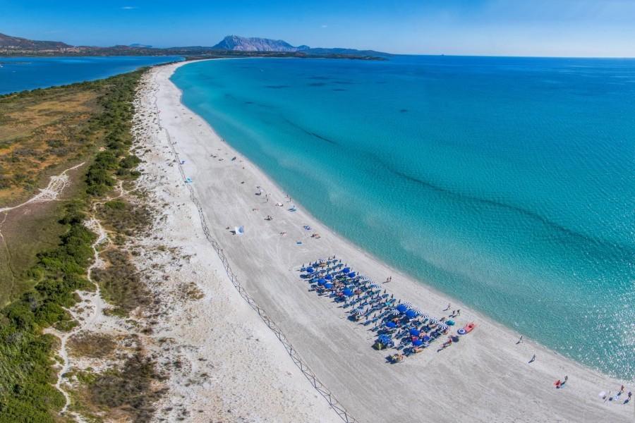 Tritt Case in Sardegna Isuledda Resort strand San Teodoro Isuledda Resort 30pluskids image gallery