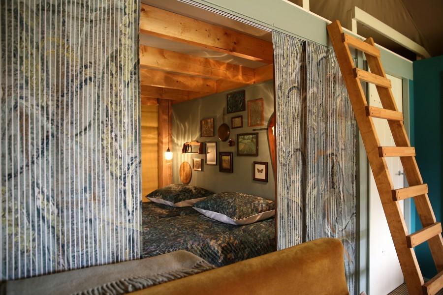261_2.jpg Sleeping with Van Gogh 30pluskids image gallery