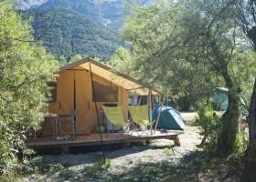 Huttopia Bourg Saint Marie tent Classic.jpg Huttopia Vallouise 30pluskids