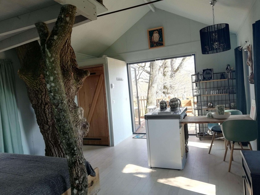 Bonneblond in de Auvergne, Frankrijk boomhuis binnen Landgoed Bonneblond 30pluskids image gallery