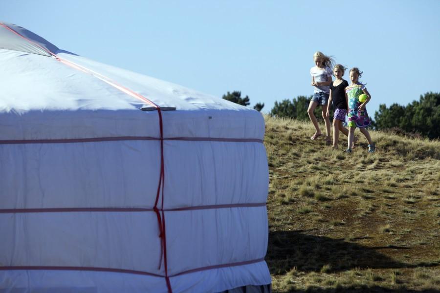 158_15.jpg Texel Yurts 30pluskids image gallery