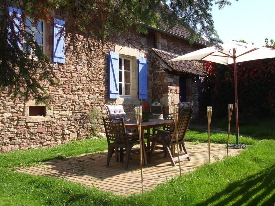 Het gras is groener in Beynat, Frankrijk gite Het gras is groener 30pluskids image gallery