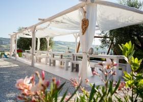 Villa Alwin in Le Marche, Italie lange tafels Villa Alwin 30pluskids