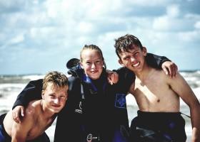 Laguna Beach in Schoorl, Nederland kinderen surfen Laguna beach 30pluskids