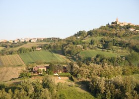 Countryhouse Montesoffio in Le Marche, Italie omgeving Country house Montesoffio 30pluskids