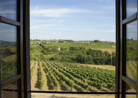 Partingoli in Toscane, Italie uitzicht over de Toscaanse heuvels Piazza Pinokkio 30pluskids