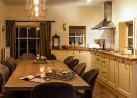 Landgoed De Mosbeek in Twente, Nederland - De Schure gezellige keuken Landgoed De Mosbeek - De Schure 30pluskids
